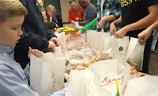 Food isn't the only warmth some homebound elderly receive for Christmas