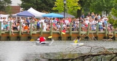 Riverhead Cardboard Boat Race