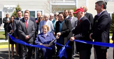 Dignitaries cut the ribbon on Peconic Landing's new expansion