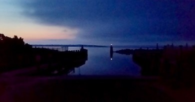 Before dawn at the New Suffolk boat ramp