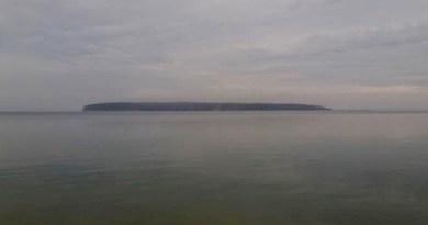 Robins Island, Tuesday fog