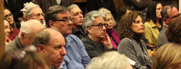 Community members, mostly non-Latino, packed the East Hampton Town Board meeting room Thursday evening to ask the town board to take a stand on immigrant rights.