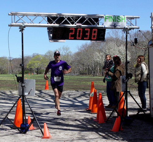 Jason Leonard won the North Fork Environmental Council's Earth Day 5K on April 23 at Indian Island County Park