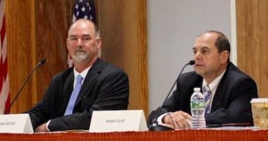 East Hampton Town Supervisor candidates Peter Van Scoyoc and Manny Vilar