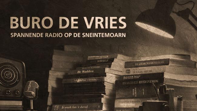 Buro de Vries (Omrop Fryslân) op besite yn Easterein