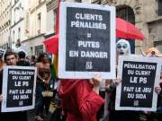 France - exit remains restricted - politics