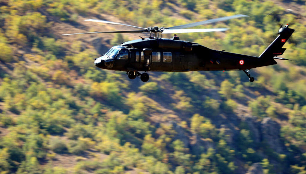 Turkish helecopter over Iraqi territory