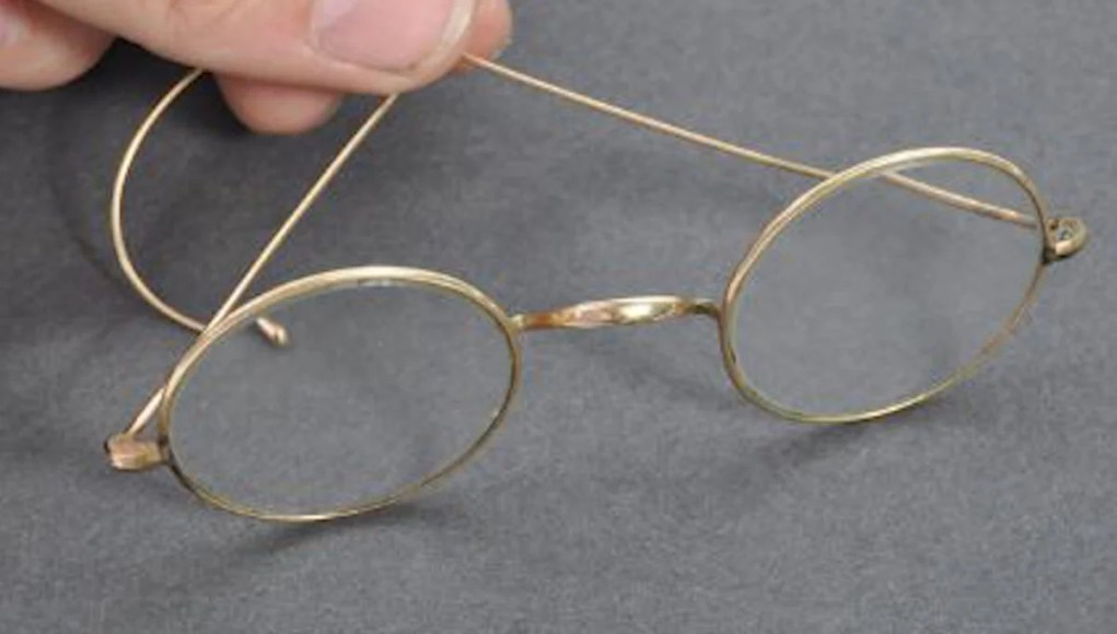 Mahatma Gandhi's glasses sold in an auction in England, UK, Great Britain, Gandhi non violent struggle against British Raj, Indian independence, India News, old artifacts, pawn, mohandas karamchand gandhi, father of India, indian independence, antiques, Policy News, Diplomacy News, World News, Breaking News, Latest News; The Eastern Herald News