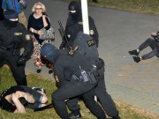 """""""Stop hitting us!"""" 250 women in Minsk called on riot police to stop violence, Belarus News, politics news, policy, diplomacy, world news, breaking news, latest news; The Eastern Herald News"""