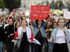 Thousands of women in Minsk demand Lukashenko's resignation