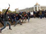 Almazbek Atambayev, Sadyr Japarov, Bishkek, Curfew, Kyrgyzstan, Military, Sooronbay Jeenbekov, State of emergency, Protest, Reuters, Russia, Police, Parliament,
