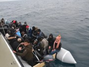 Turkey calls on Greece to respect international law in dealing with refugees