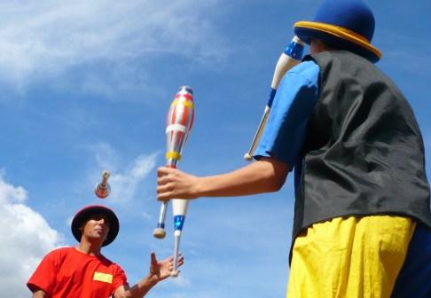 jugglers, Eastleigh Mela