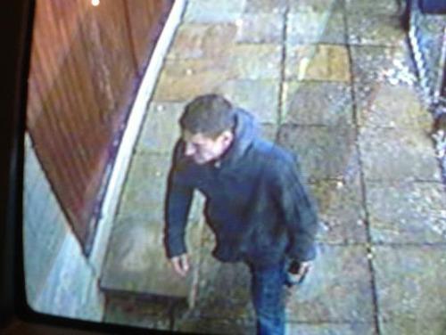 Netley Abbey burglary CCTV-MEDIA