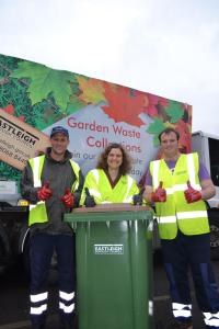 Cllr Louise Bloom and garden waste collectors Rob Rees and Jamie Ellis launch the new scheme