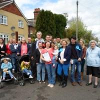Election rivals back Dutton Lane residents