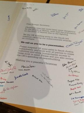 Signatures against arms sales