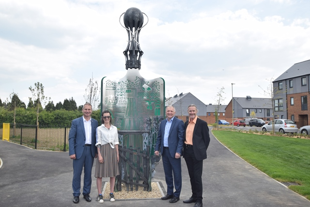 Sculpture unveiled at new housing development
