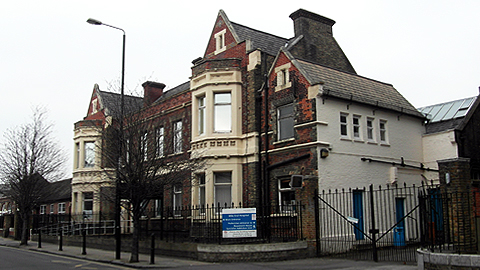 Mile End Hospital in Tower Hamlets. Pic: Reading Tom