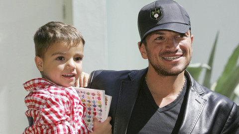 Peter Andre with son Junior. Pic: Bauer Griffin