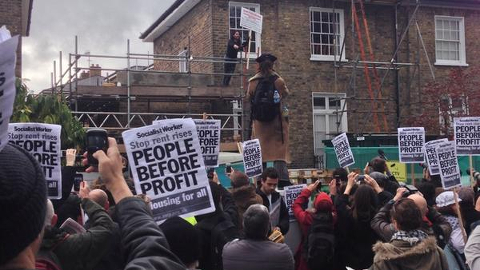 Russell Brand addresses New Era protestors. Pic: Ben Maloney