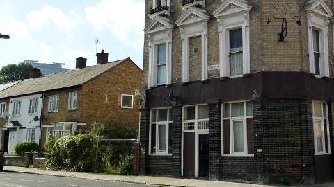 Derelict pub on Duff Street. Pic: Ewan Munro