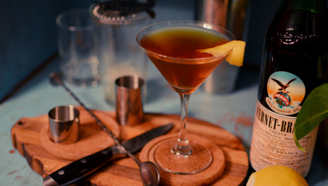 Winter Cocktails. Pic: Gabrile Amadeus