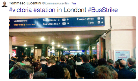 A crowded Victoria Station this morning tweeted by @TommasoLucentin.