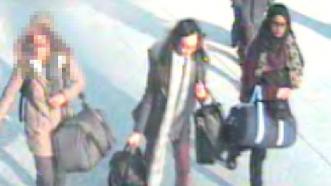 The three girls are believed to be travelling to Syria. Pic: Metropolitan Police