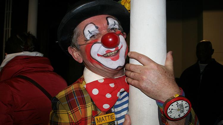 clown lead