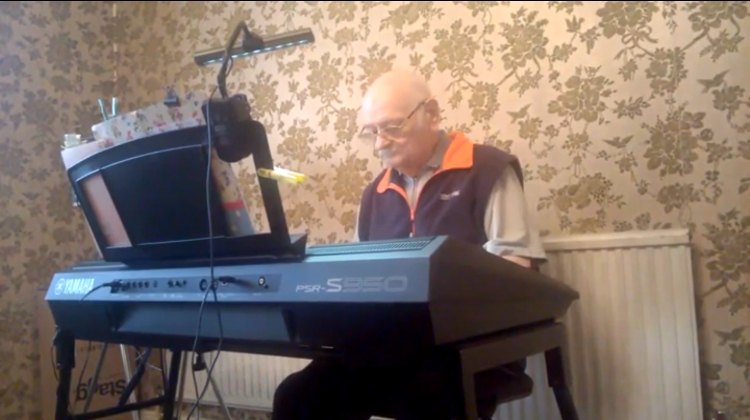 Len plays on the piano. Pic: Mathilda Keywood