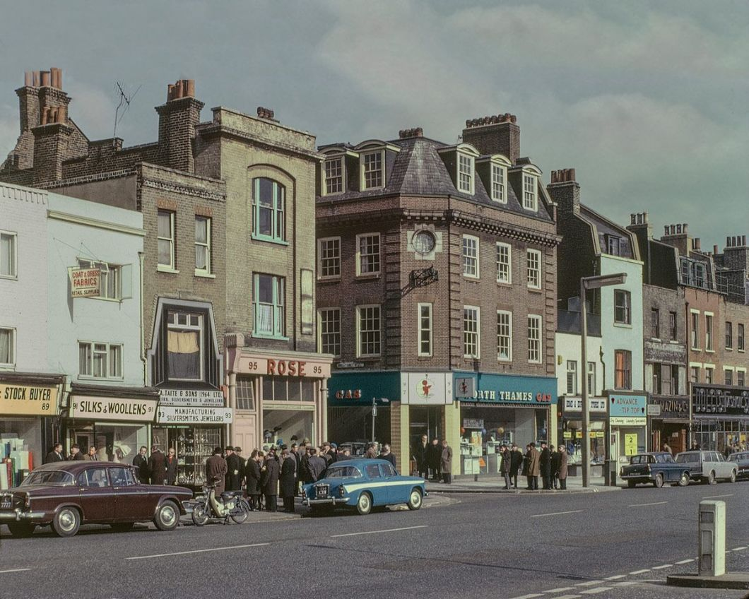 Whitechapel Road, 1965. Pic: Hoxton Mini Press