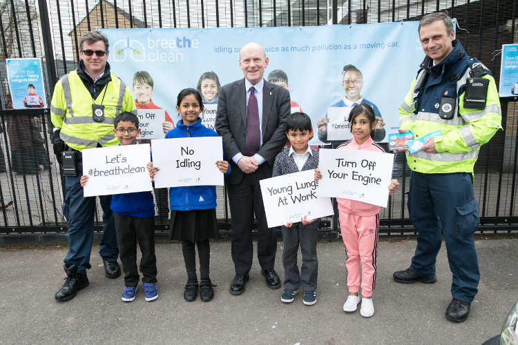 Mayor John Biggs with school children fight pollution. Pic: Tower Hamlets Council