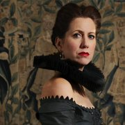 Flora McIntosh (Mary Stuart)