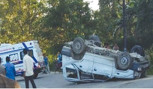 The accident took place in Ukhrul.