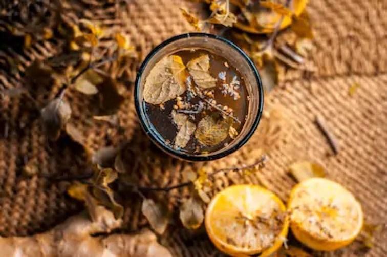 Kashmiri Kahwa - tea from India