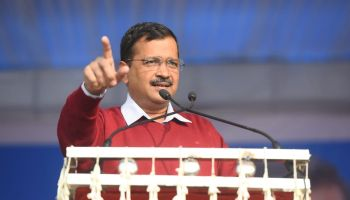 Confer Bharat Ratna to healthcare workers: Kejriwal to PM Modi