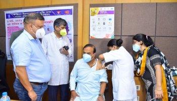 Himanta Biswa Sarma COVID-19 vaccine
