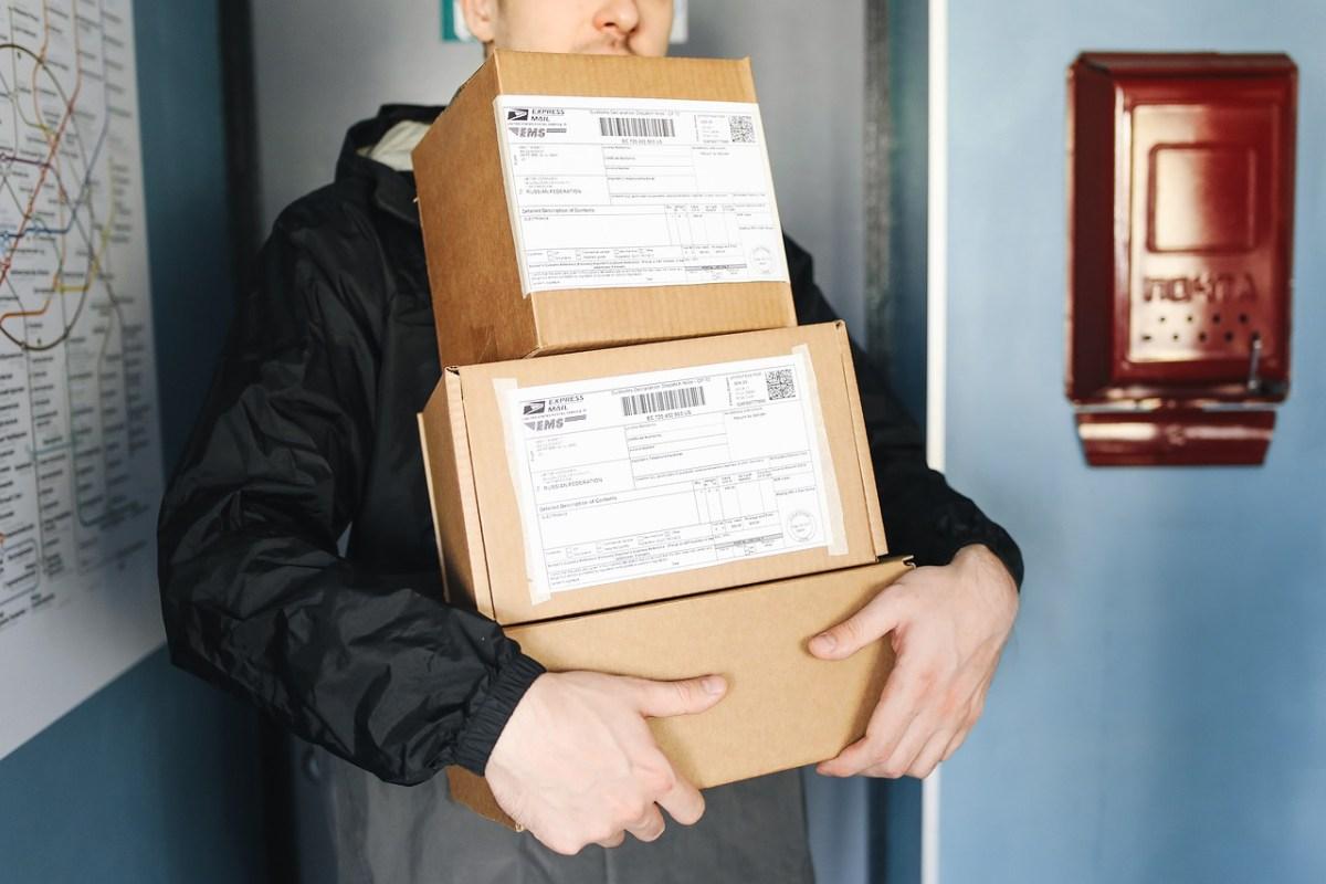 logistics delivery service