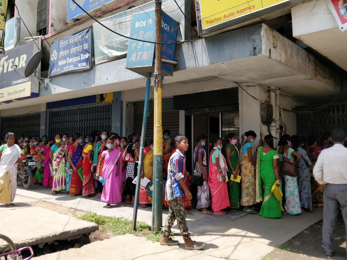 Amid COVID-19 restrictions, Assam residents hit by unchanged bank timings