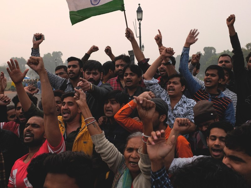 Protests across Bengal after arrest of TMC leaders in Narada sting case