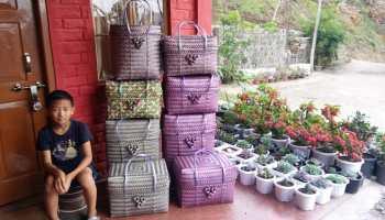 9-year-old Nuve Tetseo makes amazing straw baskets