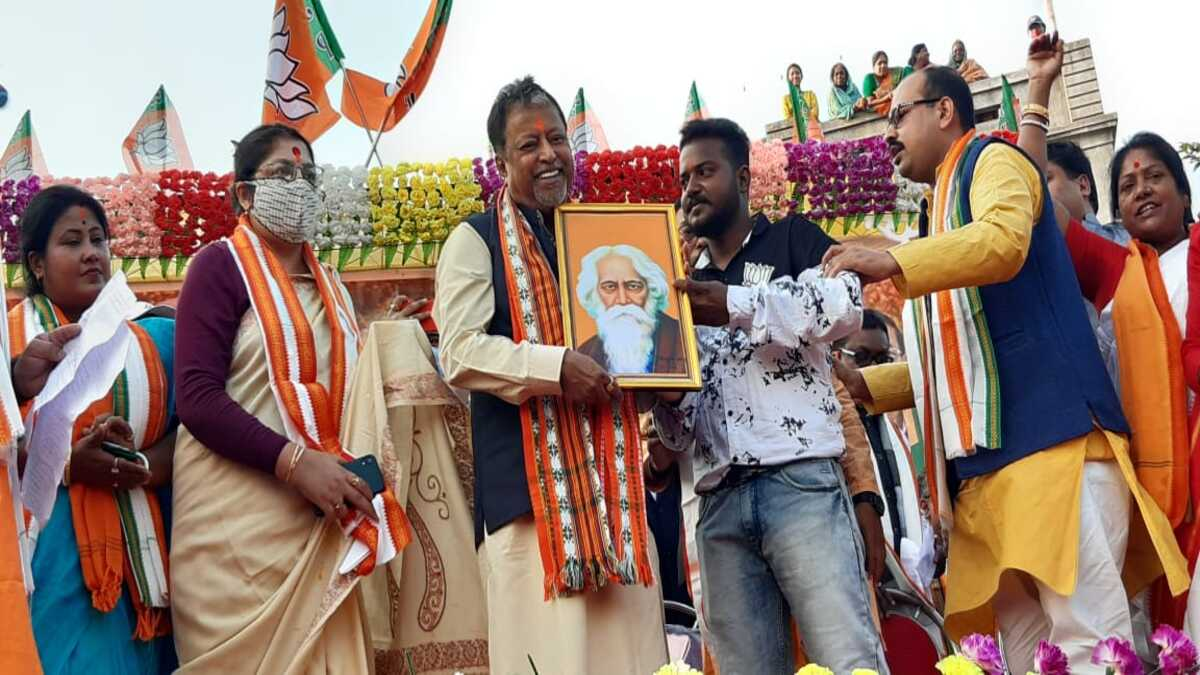 Mukul Roy is back with TMC and Mamata Banerjee