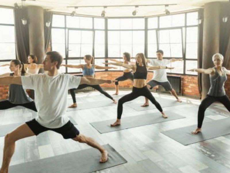 New to yoga? Here's what to wear to yoga class