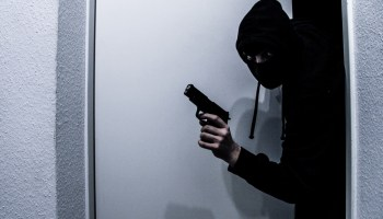 Posing as electricians, 4 thieves rob valuables worth lakhs in West Delhi