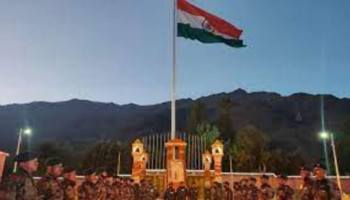 Kargil Vijay Diwas: Army pays tributes to its soldiers at Drass war memorial
