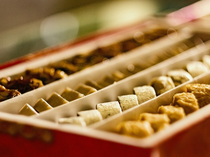 FSSAI issues directions for FBOs manufacturing Indian sweets & snacks
