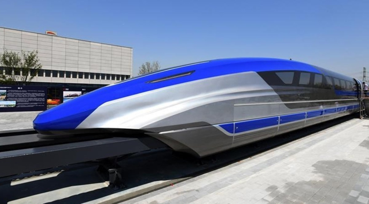 China rolls out 600 kmph high-speed maglev train