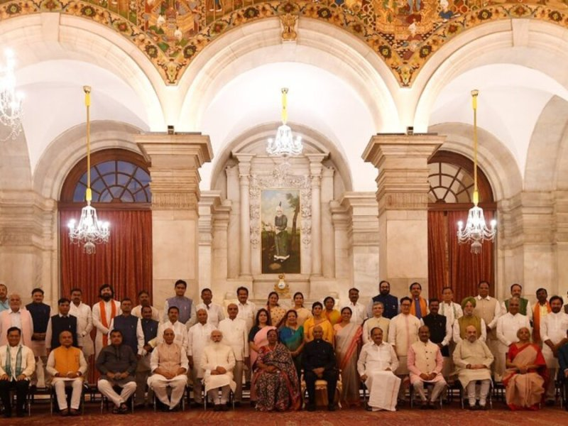 Modi references dropped ministers in meeting with new Cabinet members