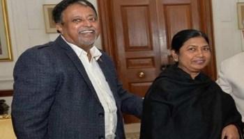 TMC leader Mukul Roy's wife dies of cardiac arrest